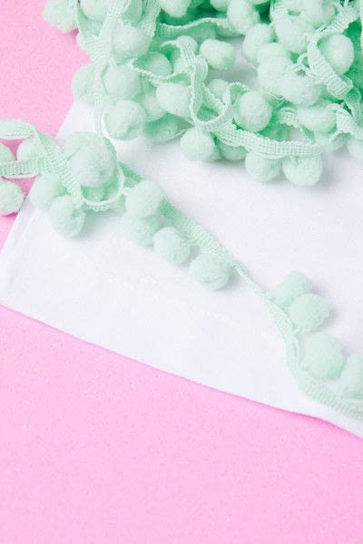 How to make a napkin / napkin ring. Pom Pom Napkins - Step 1