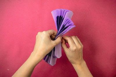 How to make a pom pom decoration. Butterfly Pom Pom - Step 5