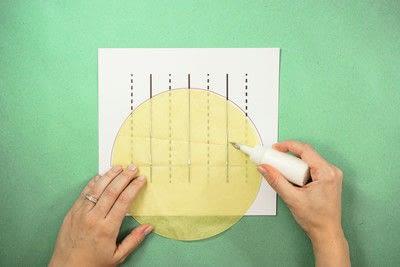 How to make a pom pom decoration. Honeycomb Pom Pom - Step 1