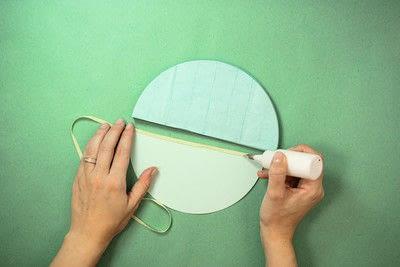 How to make a pom pom decoration. Honeycomb Pom Pom - Step 5