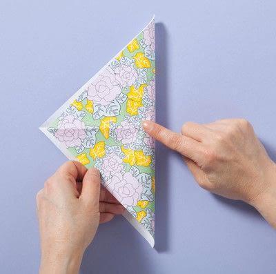 How to fold an origami box. Fusenbako Balloon Box - Step 1