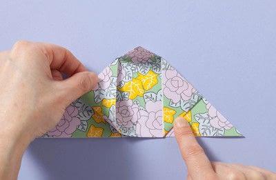 How to fold an origami box. Fusenbako Balloon Box - Step 4