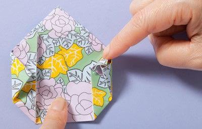 How to fold an origami box. Fusenbako Balloon Box - Step 10