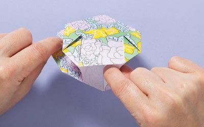 How to fold an origami box. Fusenbako Balloon Box - Step 12