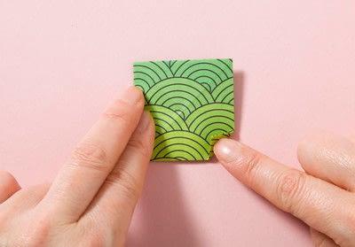 How to fold an origami shape. Kemari Origami Ball - Step 7