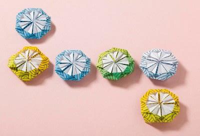 How to fold an origami shape. Kemari Origami Ball - Step 8