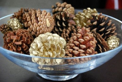 How to make a piece of seasonal decor. Sweet Bouquet Of Pine Cones - Step 3