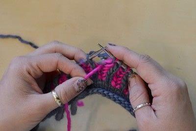 How to knit a brioche stitch. Brioche Stitch With Diagonal Yarn Over - Step 26