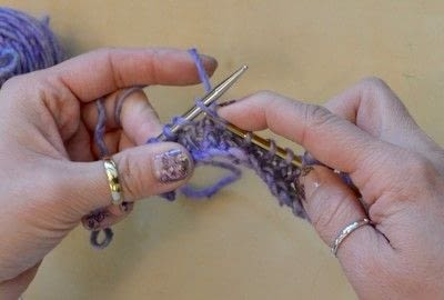 How to knit . The Yarn Over (Yo) - Step 12