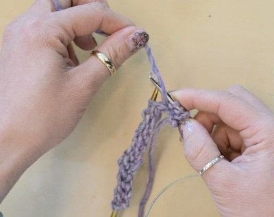 How to knit . The Yarn Over (Yo) - Step 18