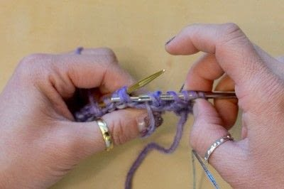 How to knit . The Yarn Over (Yo) - Step 23
