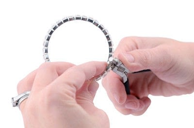 "How to make a memory wire bracelet. Memory Wire ""Tennis Braclelet"" - Step 11"
