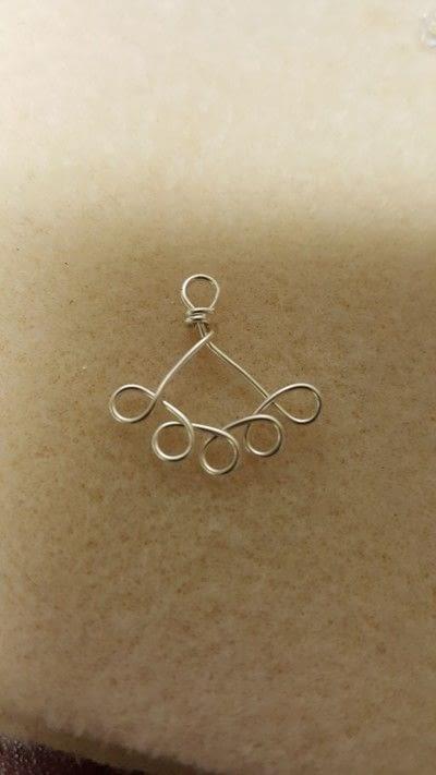 How to make a dangle earring. Earring Jackets - Step 4