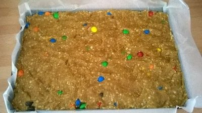 How to bake a cookie. M&M Cookie Bars - Step 6