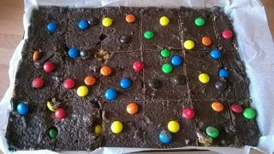 How to bake a cookie. M&M Cookie Bars - Step 9