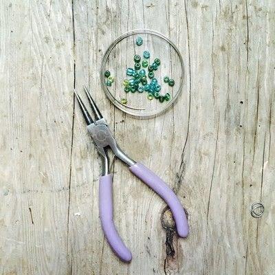 How to make a memory wire bracelet. Memory Wire Bracelet - Step 1