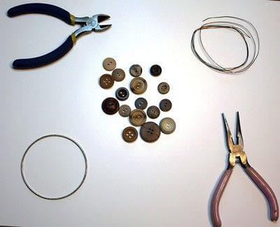 How to make a bangle. Button Bangle - Step 1