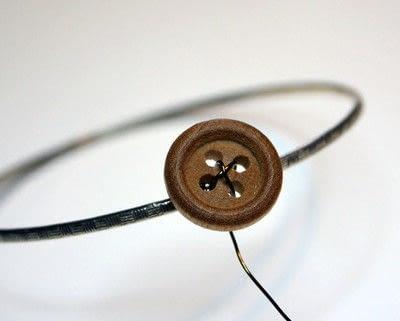 How to make a bangle. Button Bangle - Step 5