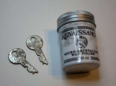 How to make a pair of key earrings. Sweet Key Earrings - Step 1