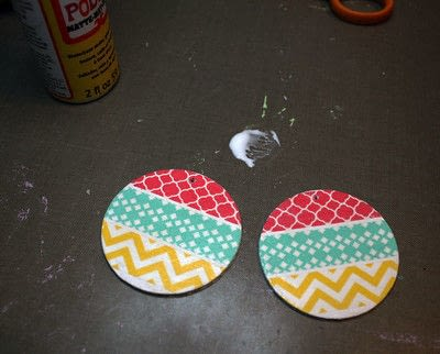 How to make an earring. Washi Tape Earrings - Step 8