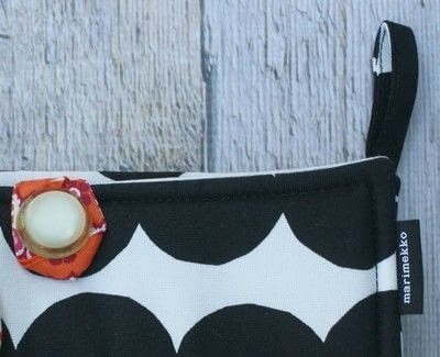 How to make a pouch, purse or wallet. Marimekko Emergency Kit - Step 2
