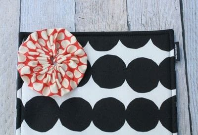 How to make a pouch, purse or wallet. Marimekko Emergency Kit - Step 3