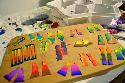 How to make a pair of paperclip earrings. Diy Watercolor Paper Earrings  - Step 5