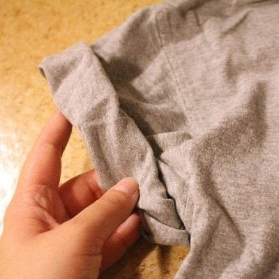 How to make a collared top. Peter Pan Collared T Shirt - Step 6