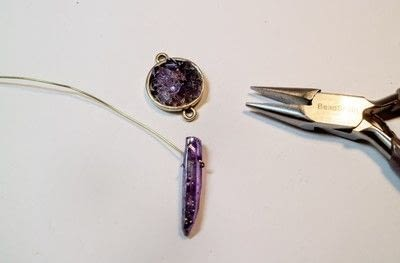 How to bead a crystal necklace. Faux Amethyst Necklace - Step 4