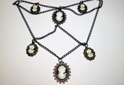 How to make a cameo. Cameo Waterfall Necklace - Step 4
