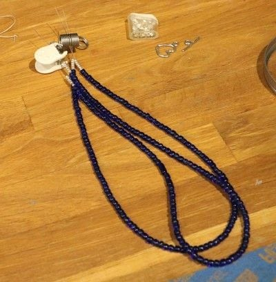How to make a beaded pendant. Seed Bead Focal Necklace - Step 2