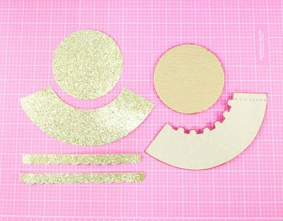 How to make a cake stand. Diy Cardboard Cupcake Stand - Step 3
