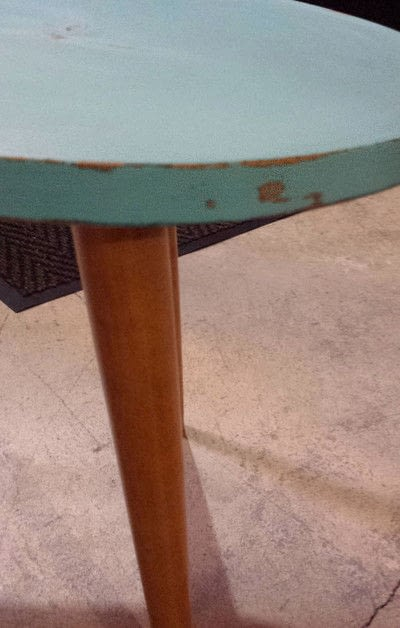 How to make a coffee table. Distressed Coffee Table Diy - Step 6