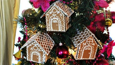 How to make an ornament. Cardboard Ginger Bread House Ornaments - Step 5