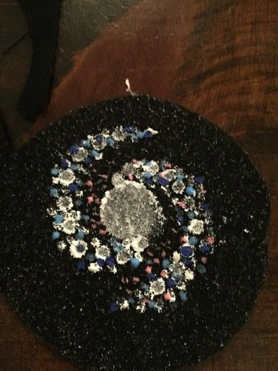 How to make a Christmas tree ornament. Galaxy Ornament - Step 5