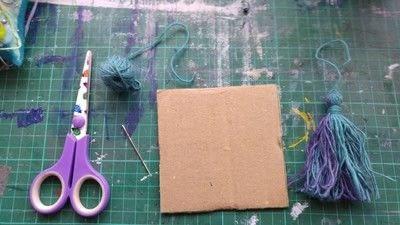 How to make a tassels. Tassels! - Step 1