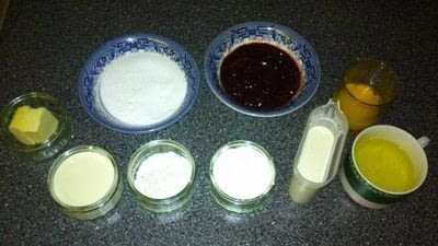 How to bake a souffle. Raspberry Souffle With Raspberry Sauce - Step 2