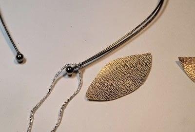 How to make a fabric headband. Winter Leaves Headband - Step 4