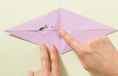 How to fold an origami animal. Origami Mouse - Step 7