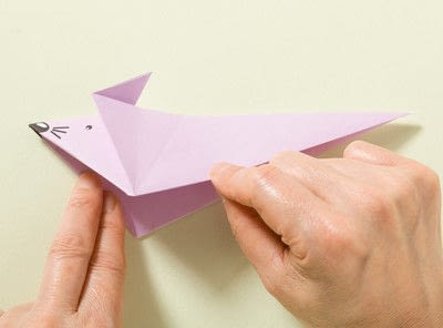 How to fold an origami animal. Origami Mouse - Step 12