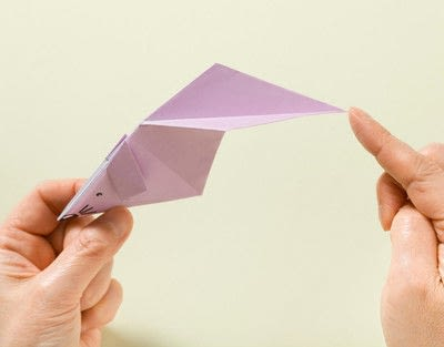 How to fold an origami animal. Origami Mouse - Step 15