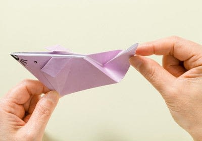 How to fold an origami animal. Origami Mouse - Step 16