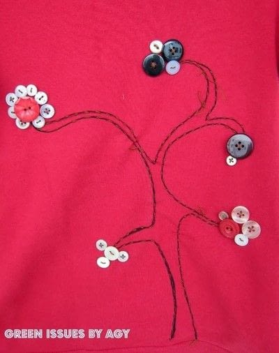 How to make a revamped t-shirt. Embellished T Shirt With Buttons - Step 4