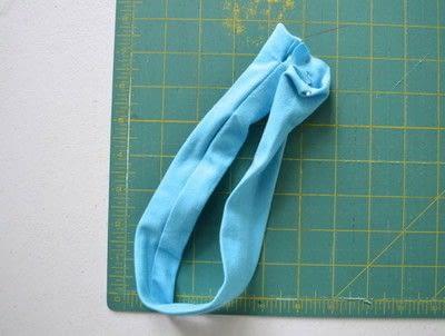 How to make a fabric headband. Easy Workout Headband - Step 2