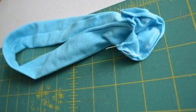 How to make a fabric headband. Easy Workout Headband - Step 3