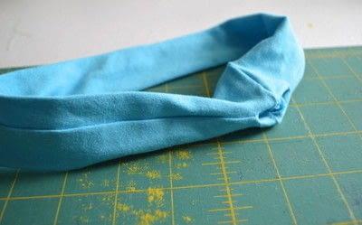 How to make a fabric headband. Easy Workout Headband - Step 4