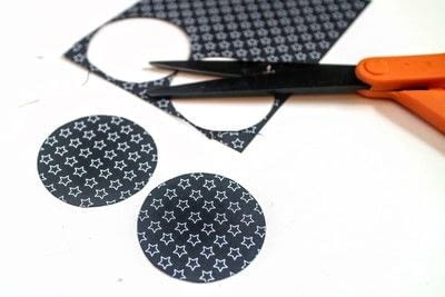 How to make a stud earring. Vinyl Record Stud Earrings - Step 3
