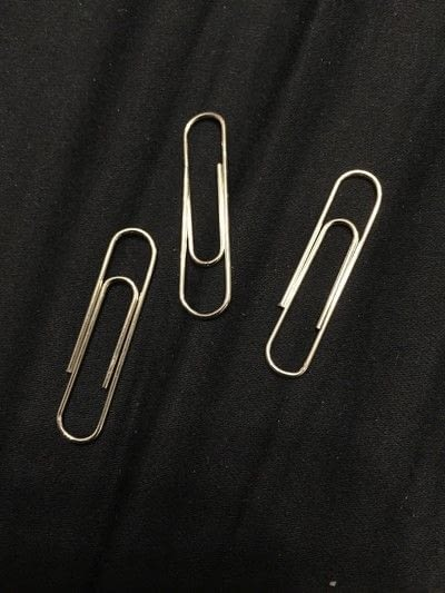 How to make a paperclip. Charming Paper Clips  - Step 1