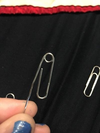 How to make a paperclip. Charming Paper Clips  - Step 5