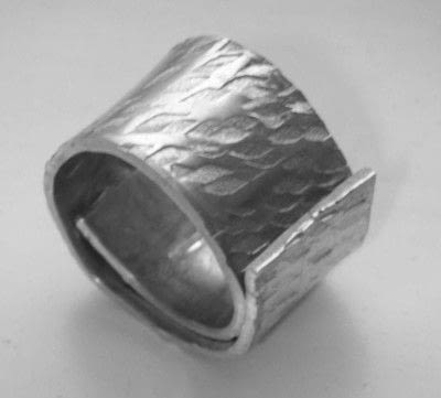 How to make jewelry. Soldering A Textured Pewter Ring - Step 3